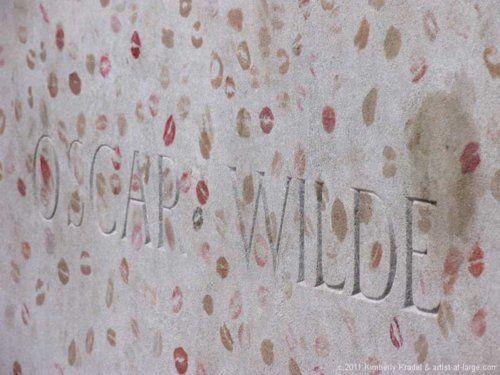 Kisses for Oscar Wilde