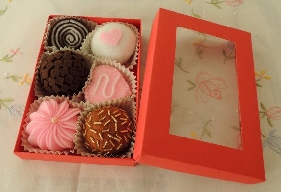 Christmas Gift Felt Food Chocolate Box set eco by decocarin, $13.00