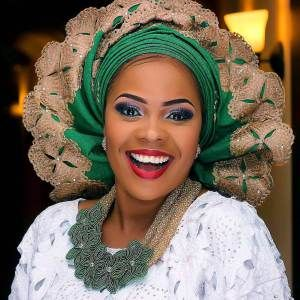 Breathtaking Collections of Flawless Bridal Makeover Lookbook | Asho Ebi Styles