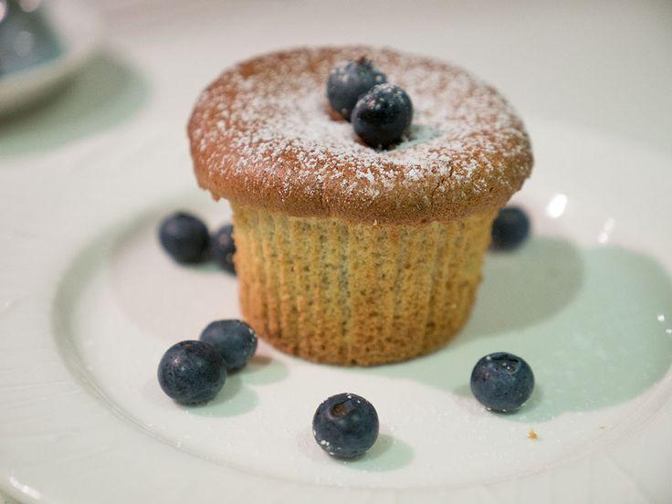 Purple bowl: Blueberry Hokkaido cupcakes recipe