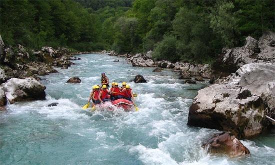 http://www.rajzazitku.cz/3-adrenalin/49-outdoorovy-pobyt.htm