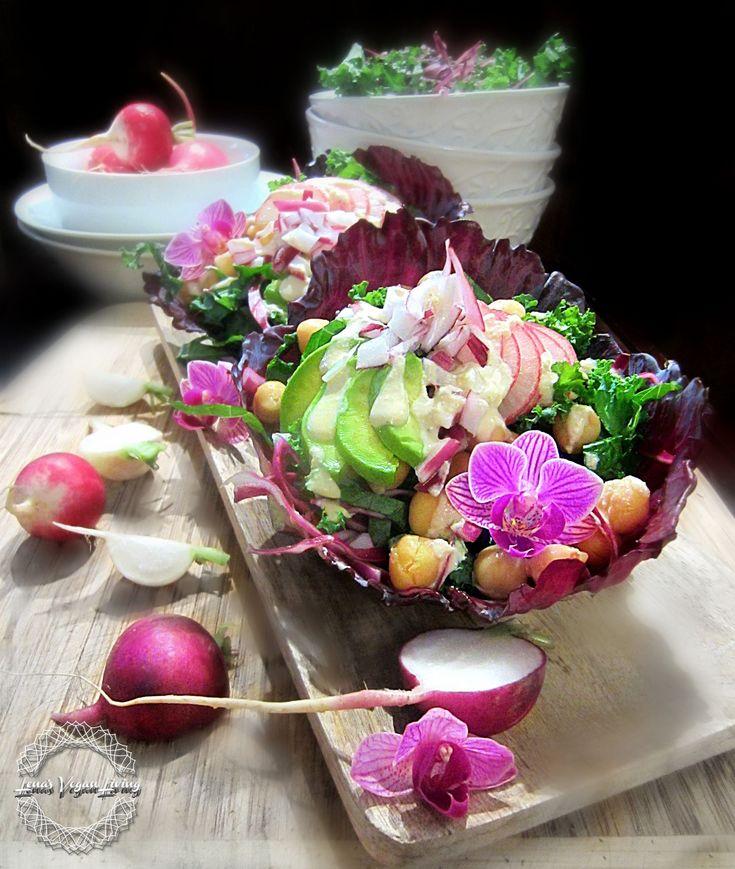 Red Cabbage Buddha Bowl