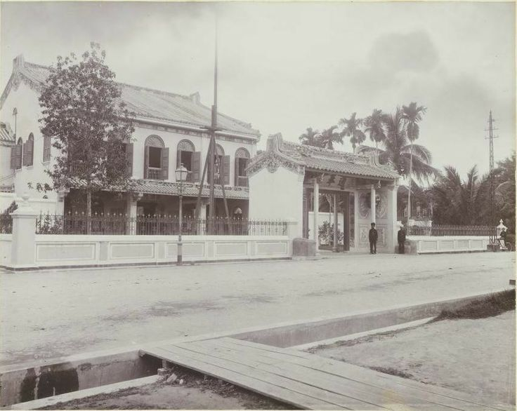 Tjong Afie gebouw te Kesawan (nu Jl. Ahmad Yani)_Circa 1905