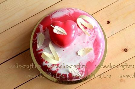 Муссовый торт Вишня-шоколад с глазурью леопард