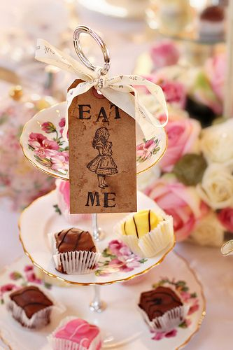 "Alice In Wonderland ""Eat me"" tags - I like the idea of having one large tag that is simply attached to the cake stand rather than having many small tags!"