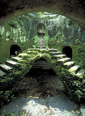 https://www.google.com.au/search?q=abandoned ouerbacker mansion in louisville kentucky