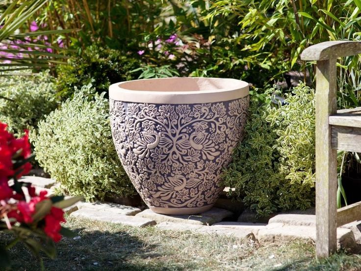 17 best images about extra large pots on pinterest for Wooden plant pot ideas