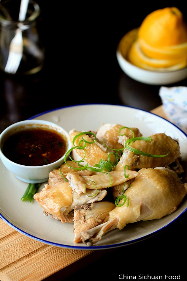 STEAMED CHICKEN RECIPE  ==INGREDIENTS==   Half of a whole chicken, around 1 and 1/2 pound, 1T ginger shreds, 1T green onion shreds, white part, =MARINATING SAUCE= 1T light soy sauce, 1 t Chinese cooking wine, 1/2 t salt  =DIP SAUCE= 1T oyster sauce, 1T light soy sauce, 4T water , 1 garlic clove, 1T chopped green onions, 1T sesame oil   =========