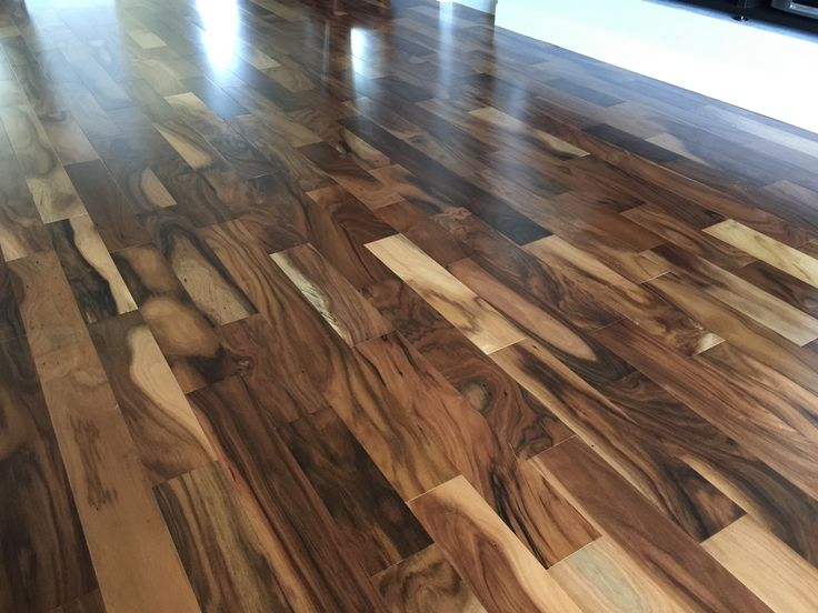 Engineered wood acacia and engineered wood floors on for Floors on floors