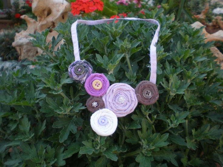 Necklace in brown and purple colours
