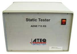 The ATEQ ADSE 715 avionics test equipment is a high performance single pressure Ps stand-alone avionics test bench. This ADSE 715 RS device is engineered to be utilized in the workshop or in the laboratory to check and calibrate all air data devices such as altimeters, vertical speed indicators, air data computers and sensors.