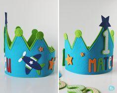 Custom felt birthday crowns // by Melimelum