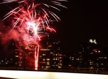 Fireworks Over Bridge, Brisbane Visit us on http://dentalonpark.com.au
