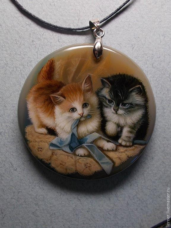 """Купить Кулон """" Котята с ленточкой"""" - разноцветный, лаковая миниатюра, кулон натуральный камень, котята"""