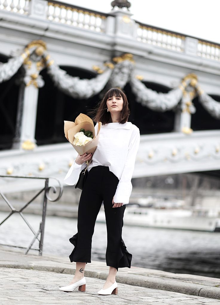 My Paris Streetstyle: Zara Volant Palazzo Pants, Oversize XL Sleeves, APC bag & Celine lookalike Pumps by Zara.  Shot at PONT ALEXANDRE III.