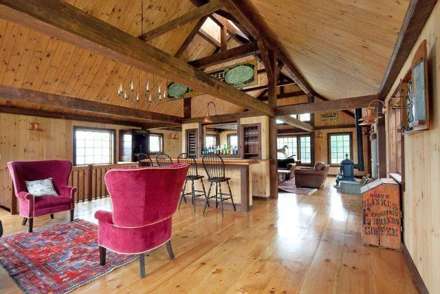 1000 images about pole barn apartment ideas on pinterest for Barn plans with loft apartment