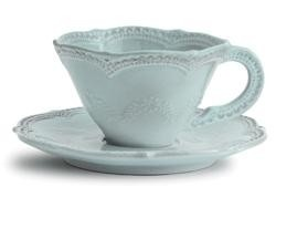 Pretty antique style tea cup