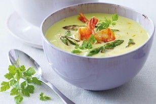Das Rezept für Grüner-Spargel-Cremesuppe mit Garnelen und weitere kostenlose Rezepte auf LECKER.de