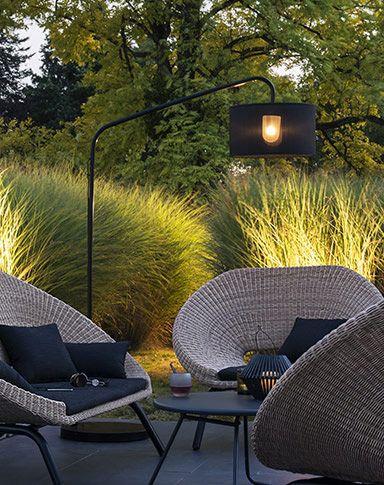 Salon de jardin Cartuli - Green Path chez delamaison.com, lampadaire exterieur et interieur Aporia noir.
