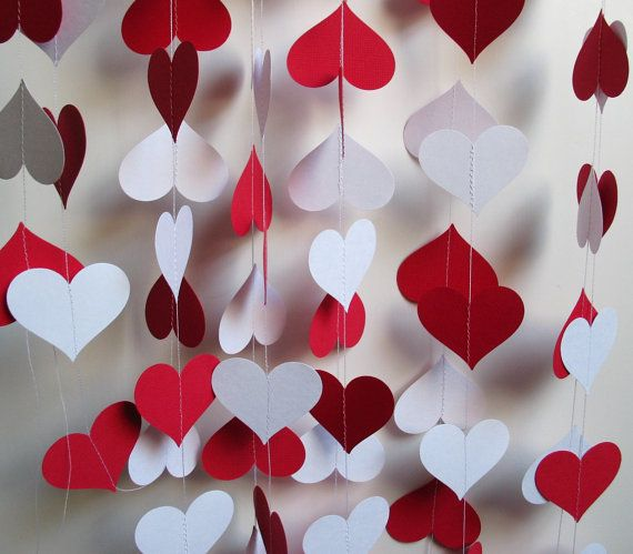 Garland 16' Red and White Hearts by polkadotshop on Etsy, $16.50  -   DIY...  Add  Clubs And Spades For A Alice And Wonderland Party