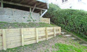 Best 25+ Wood retaining wall ideas on Pinterest | Terraced ...
