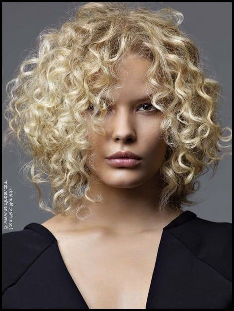 Locken Mittellang Simple Frisuren Mittellang Gestuft Locken Foto