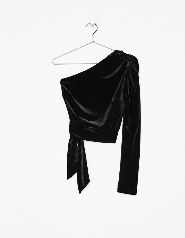 Asymmetric velvet top - Bershka #asymmetric #velvet #top #bershka