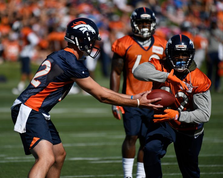 Broncos training camp Day 2 live blog: Updates, analysis from Dove Valley