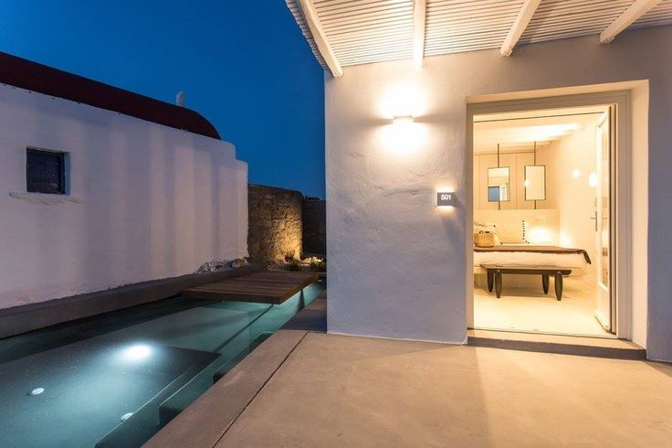 Room with private pool ostraco suites Mykonos