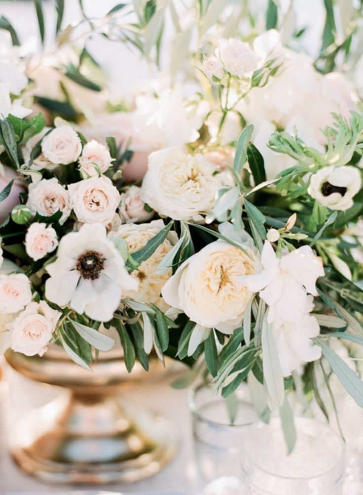 Pin By Honey And Cinnamon Italian Wedding Planner On Table Setting Pinterest Flowers
