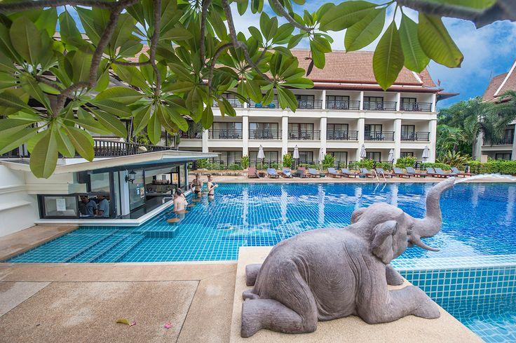 Pool view @deevanapatongresortandspa #deevanapatong #Patong #Phuket #Thailand #deevanahotels