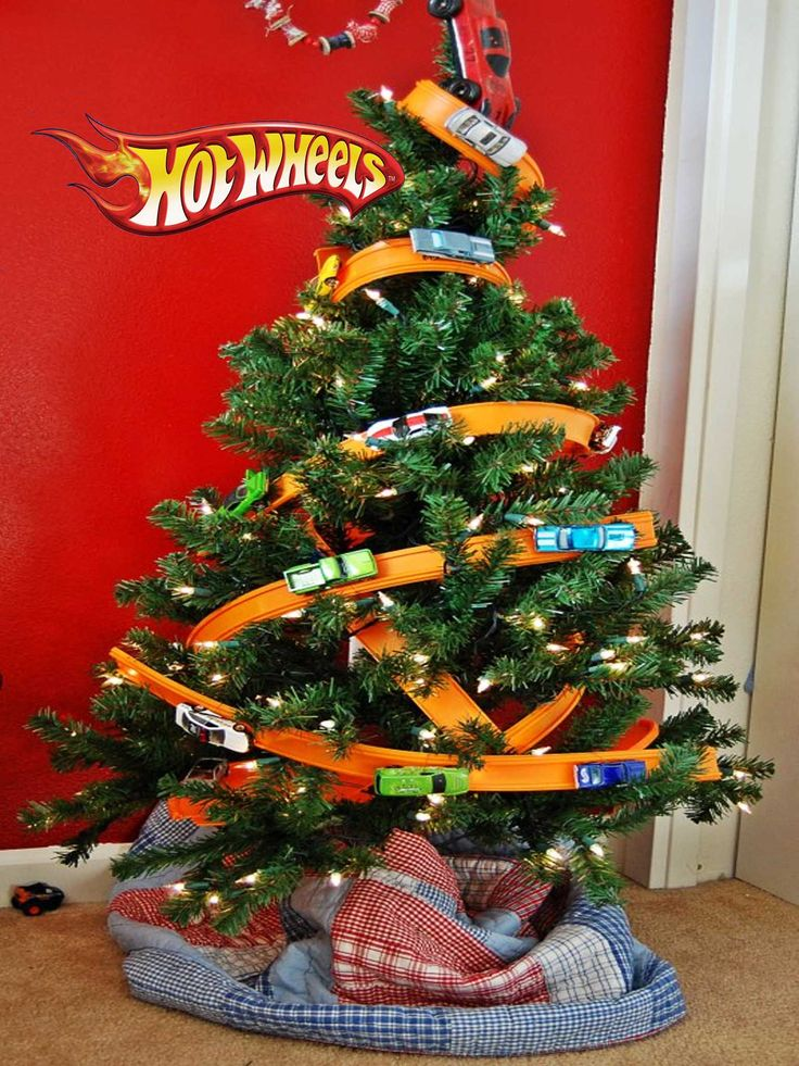 Hot Wheels Christmas Tree