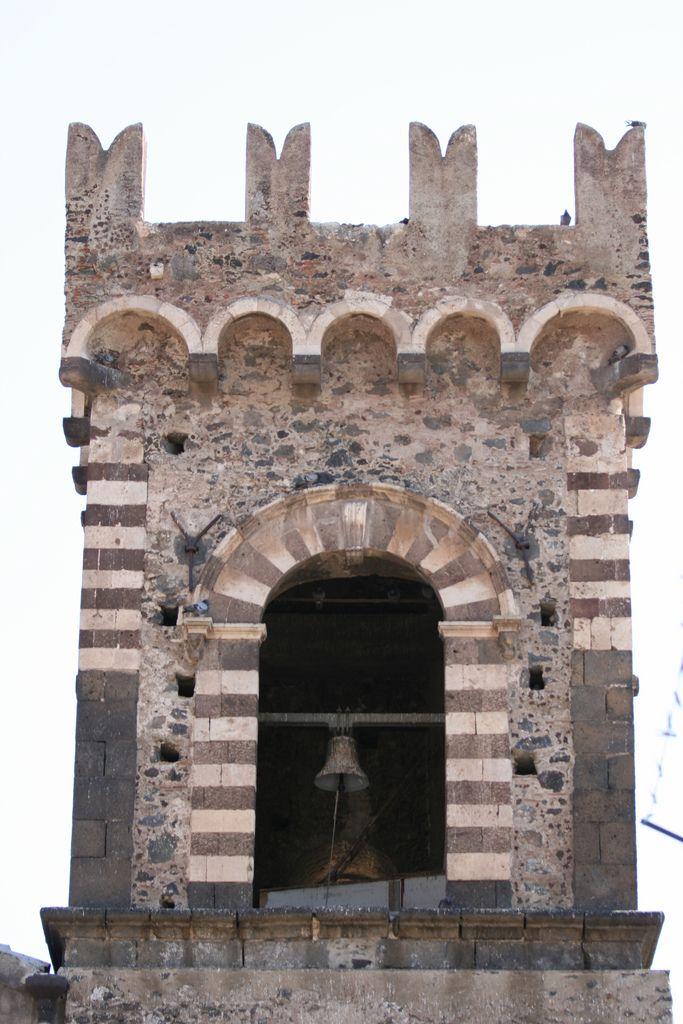 Torre dei falconieri, Paternò, Sicily, Italy.