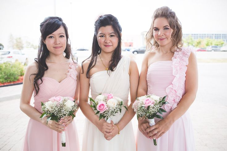 Wedding Photography / Toronto photographer / Bridesmaids / www.wilsonhophotography.com