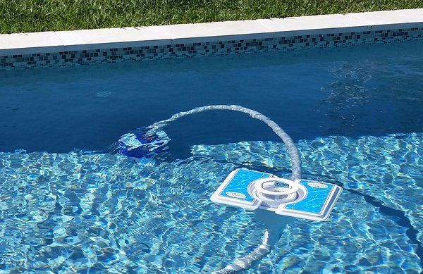 Skim-A-Round Floating, Pool Skimmer, WITH Suction Cleaner Hook-Up Attachment #SkimARound