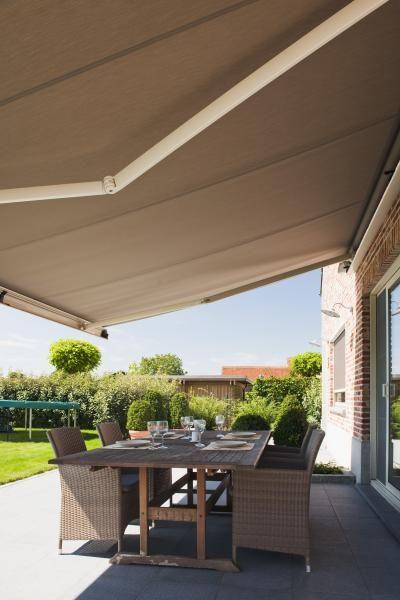 die 25 besten ideen zu markise auf pinterest terrassenmarkisen sonnenschutz markisen und. Black Bedroom Furniture Sets. Home Design Ideas