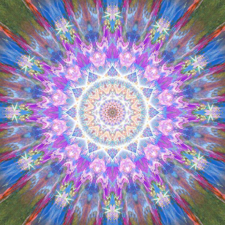 504 best images about mandalas and fractals on pinterest - Symbole de protection ...