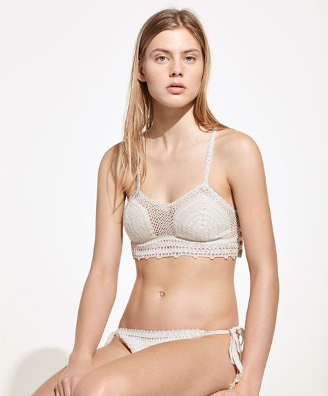 SWIMWEAR - Top Half - View All - Spring Summer 2017 trends in women fashion at Oysho online. Find lingerie, pyjamas, slippers, nighties, gowns, fluffy, maternity, sportswear, shoes, accessories, body shapers, beachwear and swimsuits & bikinis.