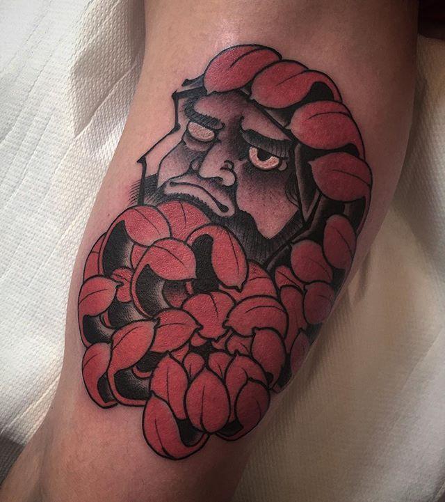 daruma crisantemus #btattooing #blackboldsociety #blacktoptattooing #BLXCKINK #oldlines #tattoosandflash #darkartists #tattoosandflash #topclasstattooing #darkartists #japanesetattoos #daruma #irezumi