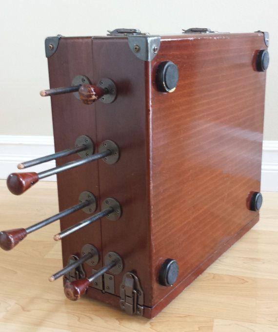 Juego vintage de futbolín mesa de juegos juego de maleta
