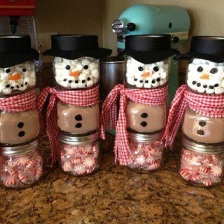 Baby jar snowmen - I've been saving up GRAHAM'S jars for something fun, I'm TOTALLY going to make these for family members and friends! How cute!!!