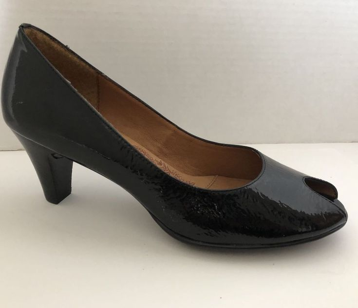 NEW Sofft Black Patent Leather Suede Peep Toe Heel Shoes Pumps 8 M