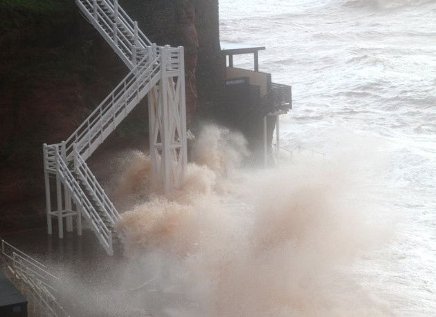 Jacob's Ladder Sidmouth Devon Storm February 2014. (Sidmouth Herald)