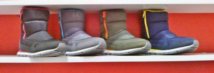botas lacoste para dama a 260.000 disponible en cualquiera de sus cuatro modelos.