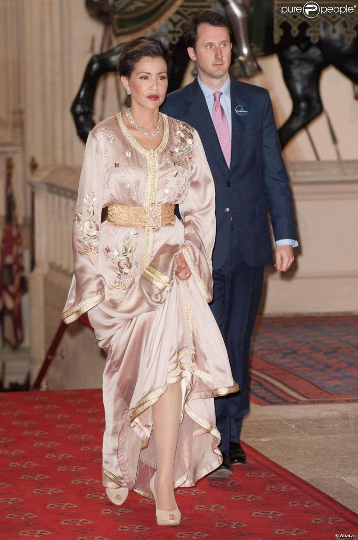 La toujours très élégante princesse Lalla Meryem du Maroc. La reine Elizabeth II accueillait à déjeuner à Windsor, pour son jubilé de diamant, les souverains de 26 pays, le 18 mai 2012. Possiblement le plus grand rassemblement de têtes couronnées depuis le couronnement de la monarque en 1953.
