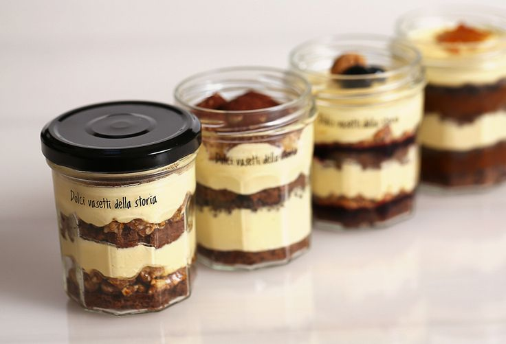 On April 11th the Dolci vasetti della storia Tiramisù have arrived in our gelato parlours, small pastries to take always with you.