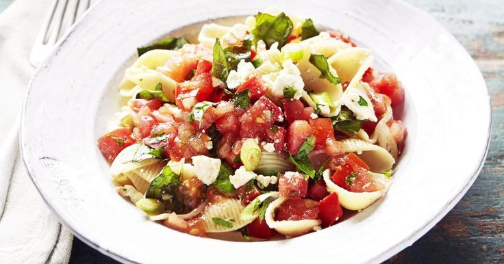 Make Curtis Stone's gorgeous pasta shells with salsa cruda in under 25 minutes.