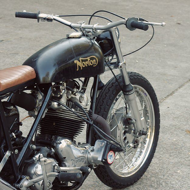 Custom Norton Commando