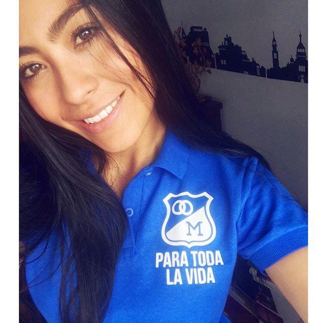 Cuánto amo las camisetas de @vamoscarajo Graciaaas !!  Un amor para toda la vida