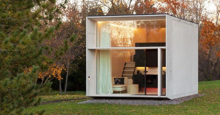 С сокращением свободного места для застройки растет популярность компактных домов. Эстонские архитекторы предложили микро-дом площадью всего 30,3 квадратных метров, который можно полностью собрать всего за 7 часов.